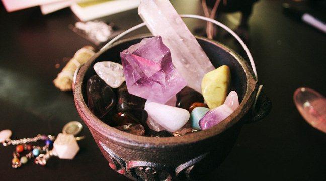 как камни влияют на человека